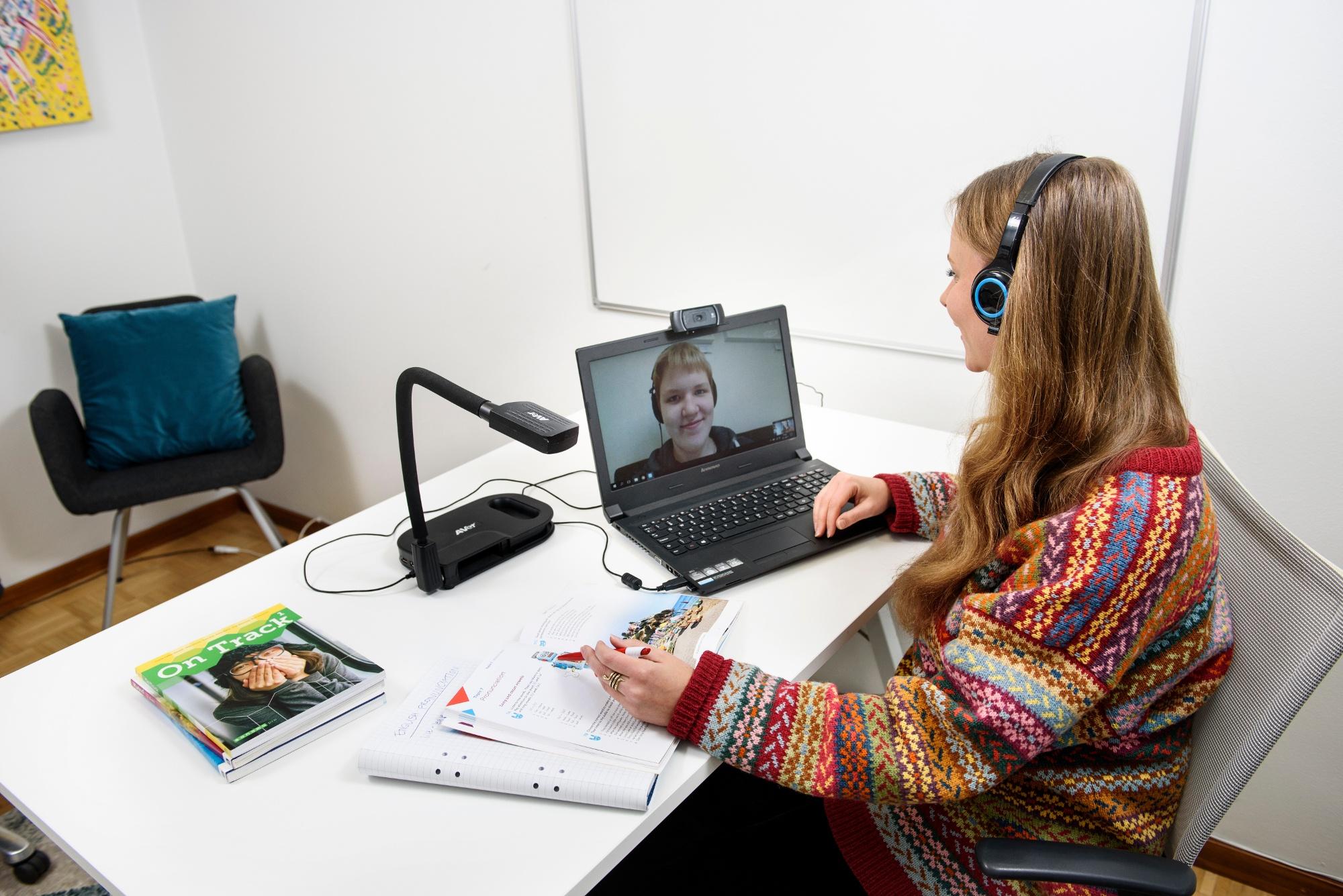 komennusperhe opiskelu ulkomailla online-opetus