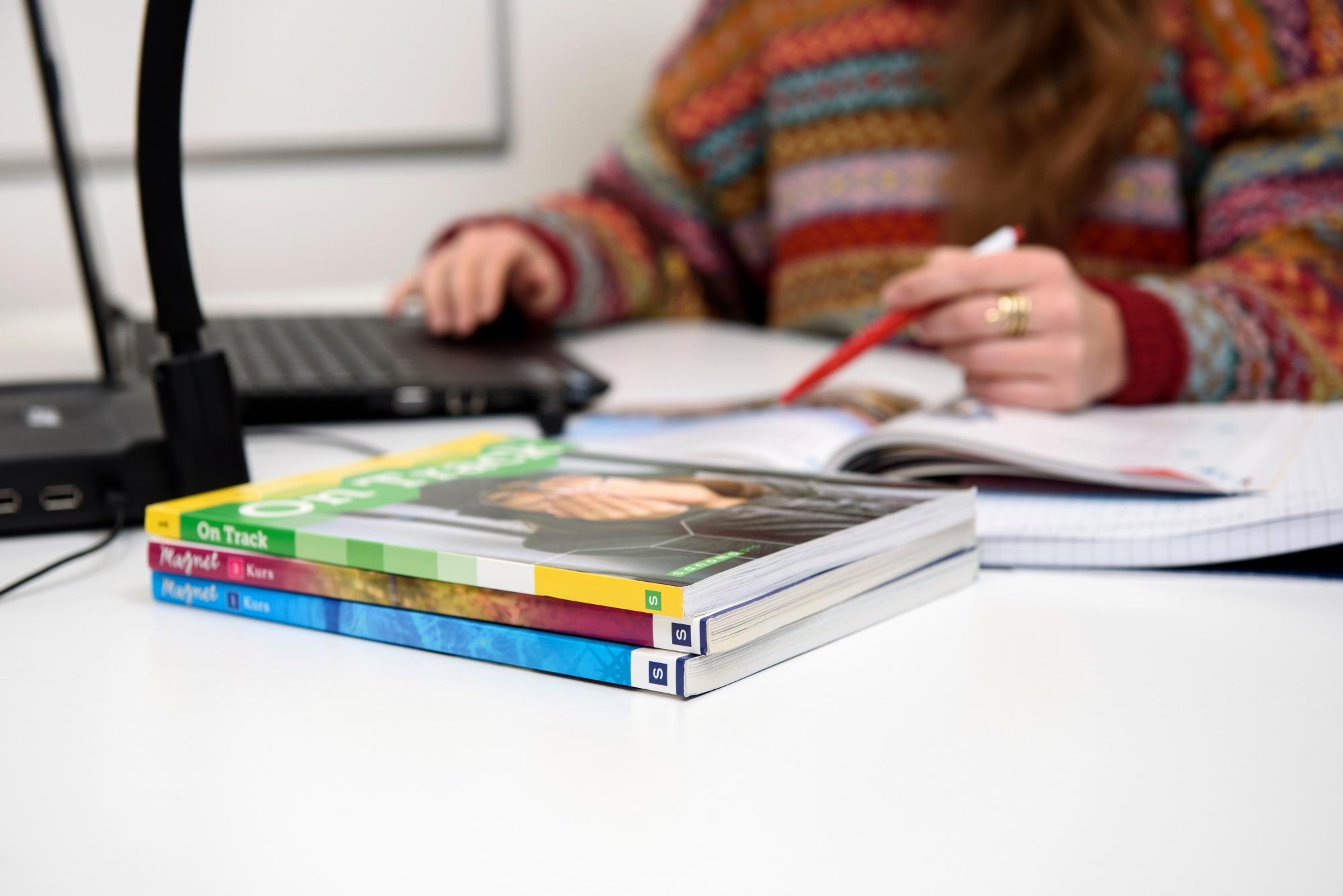 aikuisopiskelu online-opetus